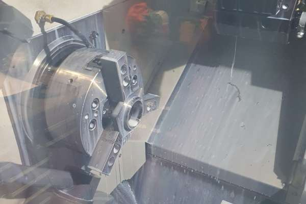 SAE Flanges in machine