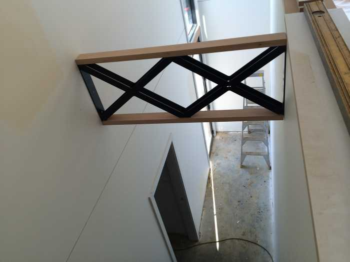 Wall support and light fitting